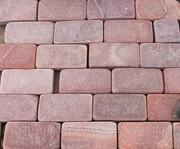 Брусчатка окатанная красная из песчаника - foto 1